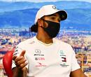 Lewis Hamilton under investigation vanwege proefstart