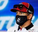 """Kimi Raikkonen hoopvol na 'matige' kwalificatie: """"Moeten tijdens de race proberen wat in te halen"""""""