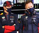 """Christian Horner: """"Wij hoopten dat Max de Mercedessen kon splitsen"""""""