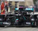 Hamilton wint GP Bahrein op dominante wijze, Verstappen en Albon op het podium