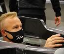 Nikita Mazepin laat stoeltje op maat maken bij Haas F1 Team