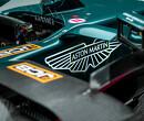 Vettel wil nieuwe Aston Martin niet naar James Bond vernoemen