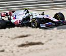 """Bernie Ecclestone heeft medelijden met Mick Schumacher: """"Hij heeft een groot probleem"""""""