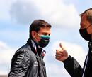 Christian Horner veegt de vloer aan met meedogenloze personeelsbeleid van Mercedes-baas Toto Wolff