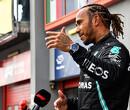 """Hamilton over start GP Emilia Romagna: """"Zachte band Pérez heeft voordeel van zo'n 6 meter"""""""