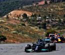 Gedachtespelletjes tussen Max Verstappen en Lewis Hamilton slaan ook over op hun bazen