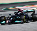"""Lewis Hamilton over aanloop van 600 meter naar eerste bocht: """"Erg ontmoedigend"""""""