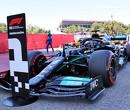 Mercedes nam het initiatief met extra stop van Hamilton in Spanje