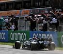 """Bernie Ecclestone: """"Lewis Hamilton zal Max Verstappen gemakkelijk verslaan dit jaar"""""""