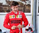 """Charles Leclerc reageert fel op geruchten: """"Mijn management is niet in gesprek met Red Bull"""""""