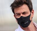 Mercedes en Toto Wolff wachten met protesteren tot Franse Grand Prix