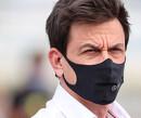 """Mercedes-teambaas vertelt de waarheid: """"We komen snelheid tekort"""""""