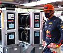 """Verstappen wil dat Red Bull geen domme dingen doet: """"Auto door blijven ontwikkelen"""""""