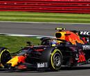 Sergio Perez spint en valt terug naar P19