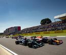 Zó klonken de wereldwijde commentatoren tijdens de crash van Max Verstappen