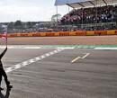 """Lewis Hamilton: """"Er moet meer respect zijn op de baan"""""""
