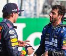 """Ricciardo kijkt likkebaardend naar Orange Army: """"Hij mag mij er wel een paar geven"""""""