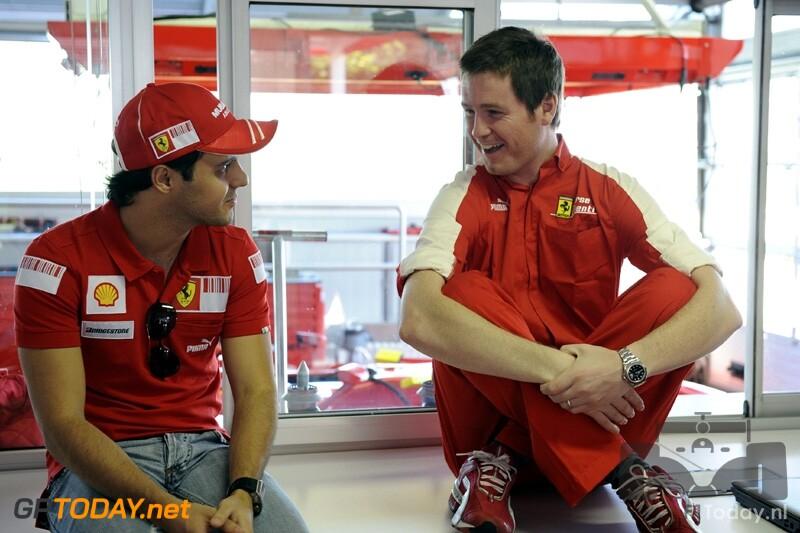 Massa voor het eerst sinds zijn crash in actie met Formule 1-auto