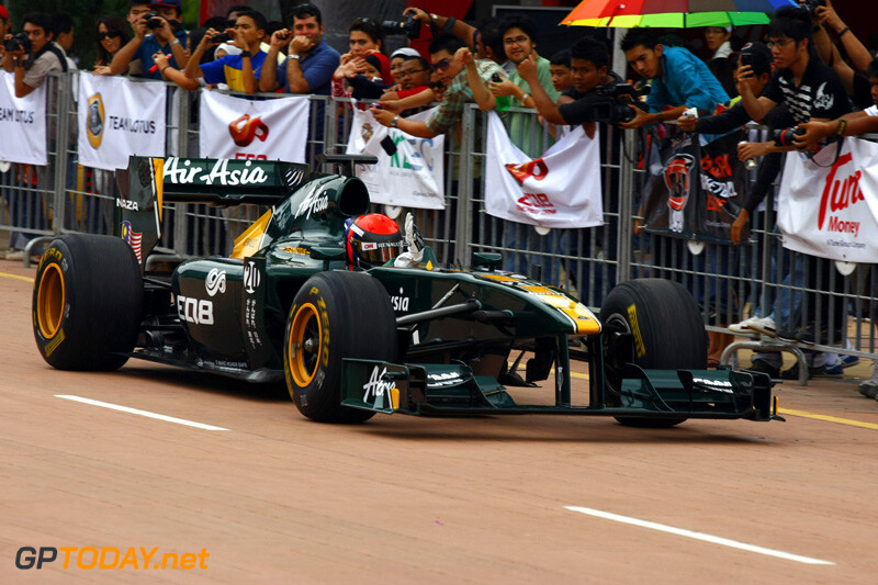 Demo Team Lotus in Putrajaya, 2 april 2011