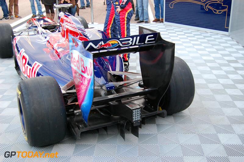Scuderia Toro Rosso STR6 - Valencia, 1 februari 2011
