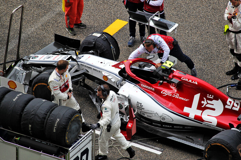 Giovinazzi engine issue caused by old-spec electronics