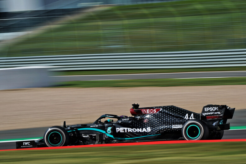<strong>Free Practice 3</strong>:  Hamilton goes fastest as Ocon crashes