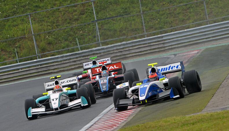 28 OCON Esteban (Fra) Formula Renault 3.5 Comte...