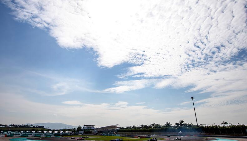 2016 GP3 Series Round 8.  Sepang International...
