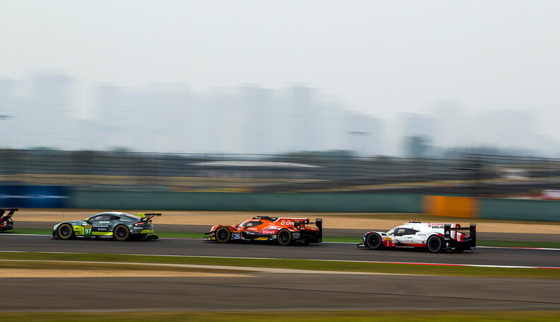 MLX29421.jpg #1 PORSCHE TEAM / DEU / Porsche 919 Hybrid - Hybrid - #25 CEFC MANOR TRS RACING / CHN / Oreca 07 - Gibson -#97 ASTON MARTIN RACING / GBR / Aston Martin Vantage - WEC 6 Hours of Shanghai - Shanghai International Circuit - Shanghai - China  #1 PORSCHE TEAM / DEU / Porsche 919 Hybrid - Hybrid - #25 CEFC MANOR TRS RACING / CHN / Oreca 07 - Gibson -#97 ASTON MARTIN RACING / GBR / Aston Martin Vantage - WEC 6 Hours of Shanghai - Shanghai International Circuit - Shanghai - China  Marcel Langer Shanghai China  Adrenal Media WEC 6 Hours of Shanghai - Shanghai International Circuit - Shang