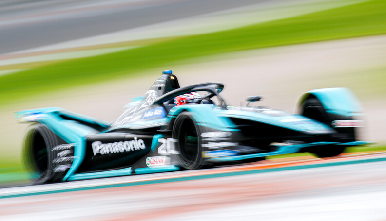 Mitch Evans (NZL), Panasonic Jaguar Racing, Jag...