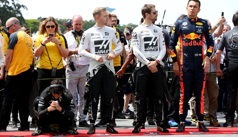 Formula One World Championship Daniel Ricciardo (AUS) Renault Sport F1 Team RS19 with Kevin Magnussen (DEN) Haas VF-19, Romain Grosjean (FRA) Haas F1 Team VF-19 and Alexander Albon (THA) Red Bull Racing RB15. 17.11.2019. Formula 1 World Championship, Rd 20, Brazilian Grand Prix, Sao Paulo, Brazil, Race Day. - www.xpbimages.com, EMail: requests@xpbimages.com (C) Copyright: Batchelor / XPB Images Motor Racing - Formula One World Championship - Brazilian Grand Prix - Race Day - Sao Paulo, Brazil XPB Images Sao Paulo Brazil  Formel1 Formel F1 Formula 1 Formula1 GP Grand Prix one November Brazil Brasil Brazilian Brasilian Sao Paulo Interlagos Autodromo Sunday 17 11 2019 Grid Portrait