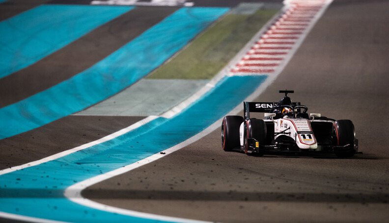 FIA Formula 2 YAS MARINA CIRCUIT, UNITED ARAB EMIRATES - NOVEMBER 30: Callum Ilott (GBR, SAUBER JUNIOR TEAM BY CHAROUZ) during the Abu Dhabi at Yas Marina Circuit on November 30, 2019 in Yas Marina Circuit, United Arab Emirates. (Photo by Joe Portlock / LAT Images / FIA F2 Championship) FIA Formula 2 Joe Portlock  United Arab Emirates  FIA Formula 2