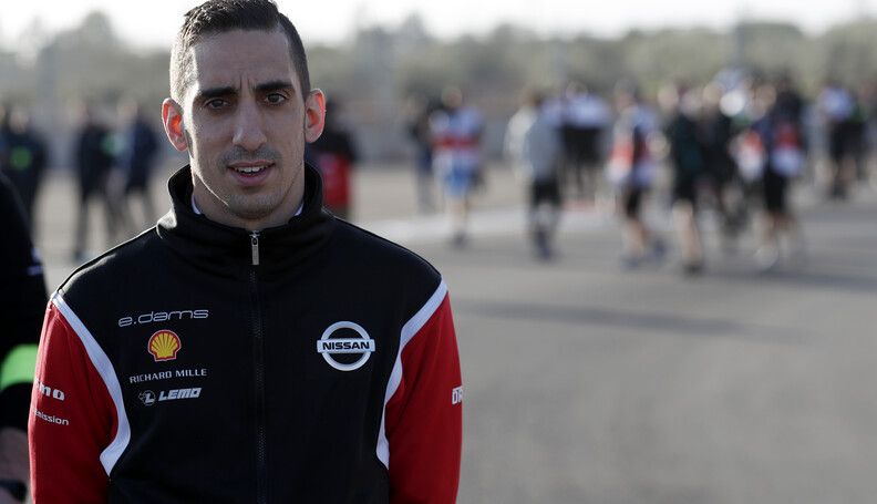 S?bastien Buemi (CHE), Nissan e.Dams, on his tr...