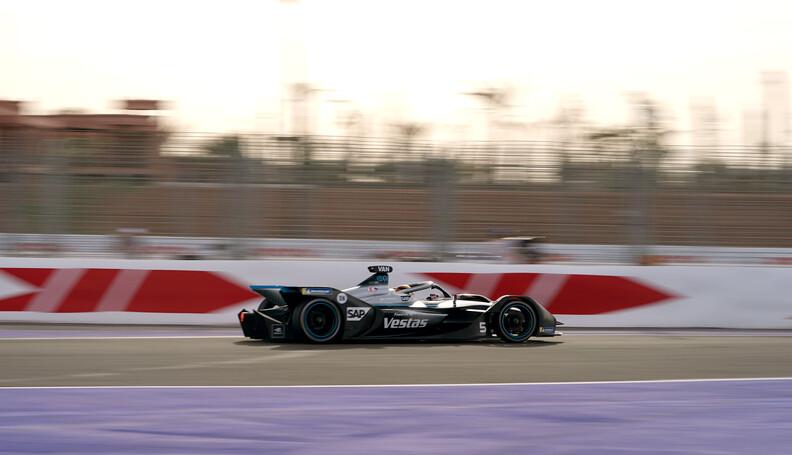 Stoffel Vandoorne (BEL), Mercedes Benz EQ, EQ S...