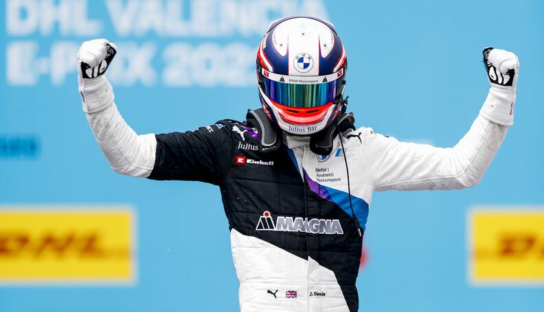 Race winner Jake Dennis (GBR), BMW I Andretti M...