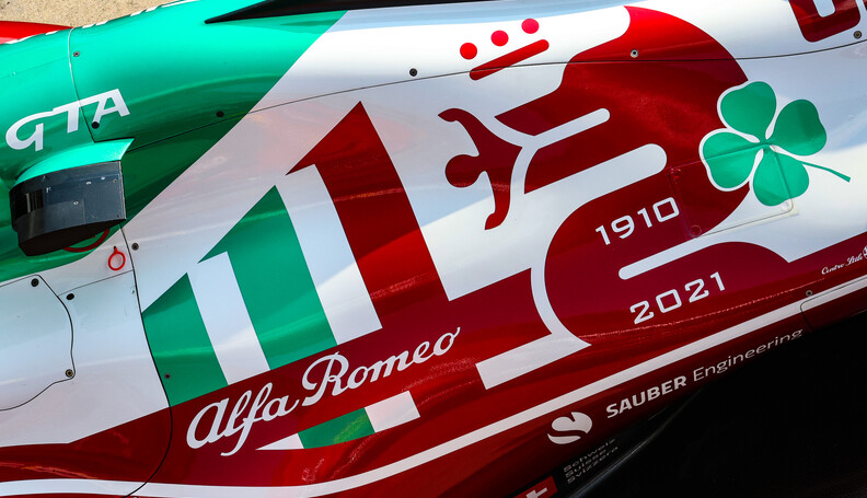 Formula One World Championship Alfa Romeo Racin...